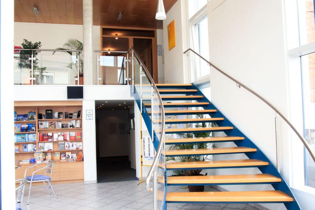 Eingangsbereich - EFG Baunatal